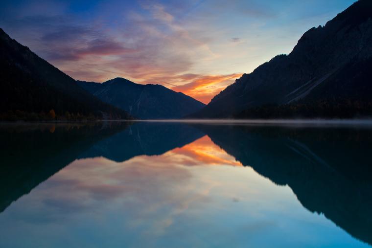 Sonnenaufgang am Plansee