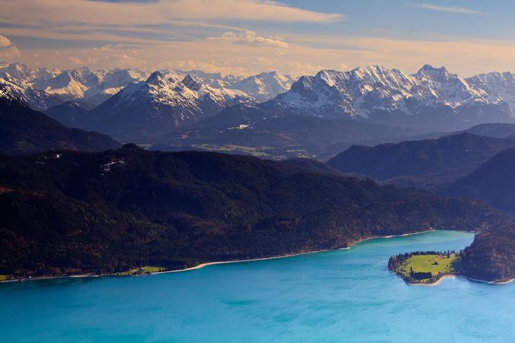 Walchensee mit Wettersteingebirge und Karwendel