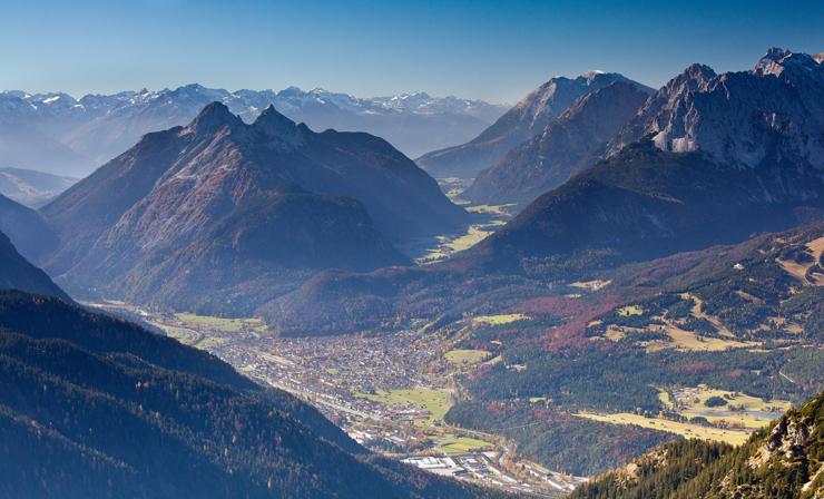 Blick über Mittenwald
